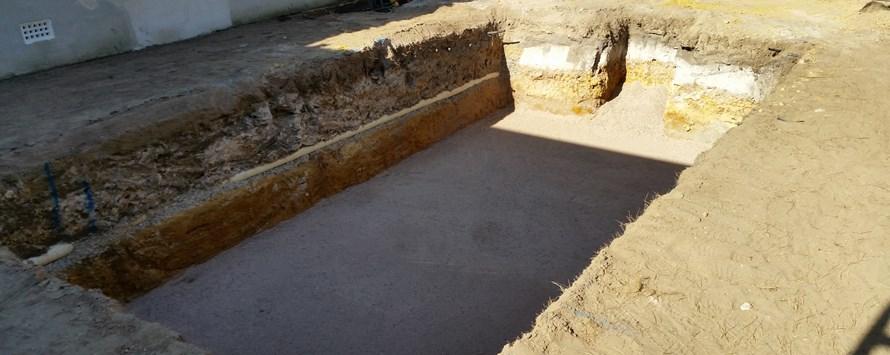 Excavation for a fibreglass pool