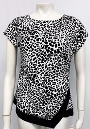 11029 Soft Knit Top BLACK AND WHITE PRINT