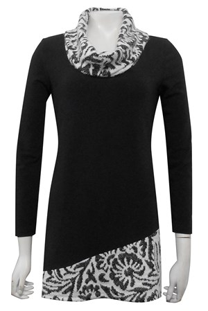 Lisa contrast neck and hem top