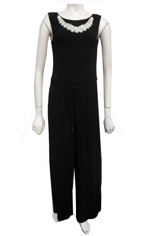 Charlotte jumpsuit with neck piece