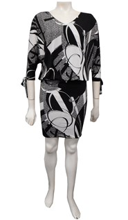 P.603 - Ruth batwing tie dress