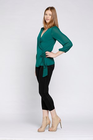 SIDE VIEW - GREEN WRAP TOP