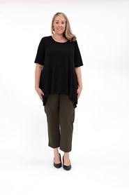 Soft Knit Top with Peaked Sides BLACK
