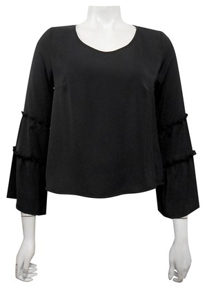BLACK - Dannie short top with sleeve detail