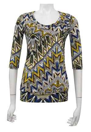 PRINT 372 - 3/4 sleeve cowl neck top with gathered front