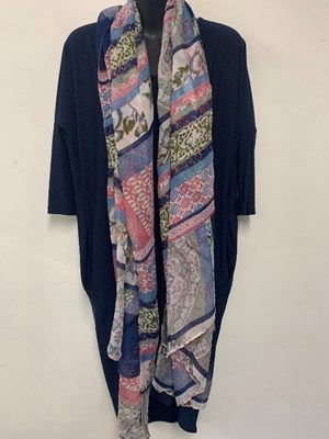 SCARF PRINT 7 WORN WITH NAVY
