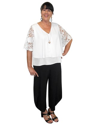 Sally swing hem DG top with lace sleeves
