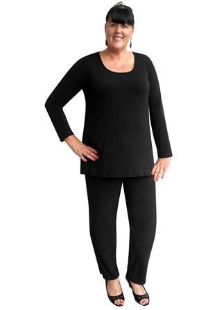 CLICK TO SEE COLOURS - Soft knit long sleeve tunic