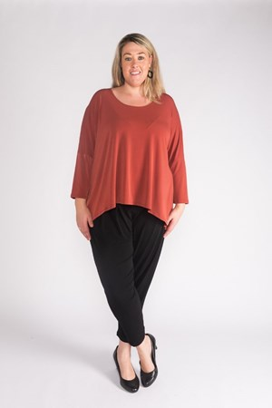 Frankie Soft Knit High Low Top RUST