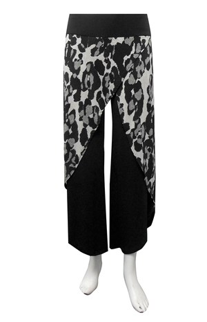 SOLD OUT - Soft knit printed skirt front pants